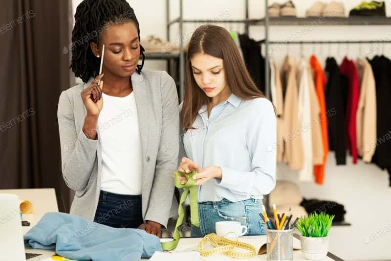 Fashion Workshops: Express Yourself With Fashion